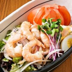 海老トマ玉サラダ